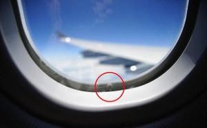 agujero-ventana-avion